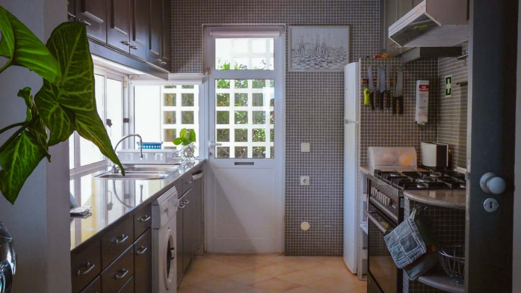 Madrigal_Kitchen_1_1200px_v4